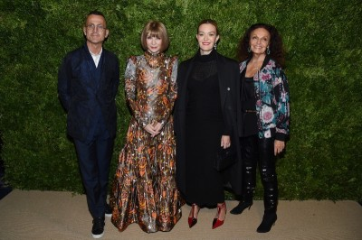 Christopher John Rogers laureatem CFDA/Vogue Fashion Fund