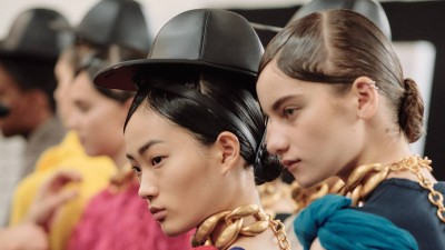 #SuzyLFW: JW Anderson - From Mountains To Ankles