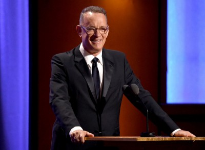 Tom Hanks dodaje otuchy studentom