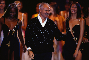 Naomi Campbell, Gianni Versace i Christy Turlington, (Fot. Getty Images)