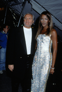 Naomi Campbell i Gianni Versace, Nowy Jork, 1995 rok, (Fot. Getty Images)