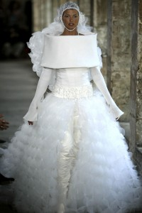 Chanel haute couture, 2003, Fot. Mark Large/Daily Mail/Shutterstock