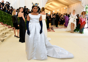 Mindy Kaling, Dia Dipasupil, Getty Images