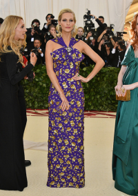 Poppy Delevingne , Dia Dipasupil, Getty Images