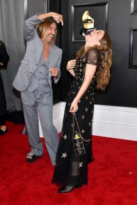 Iggy Pop i Maggie Rogers (w sukni Chanel), Fot. Getty Images