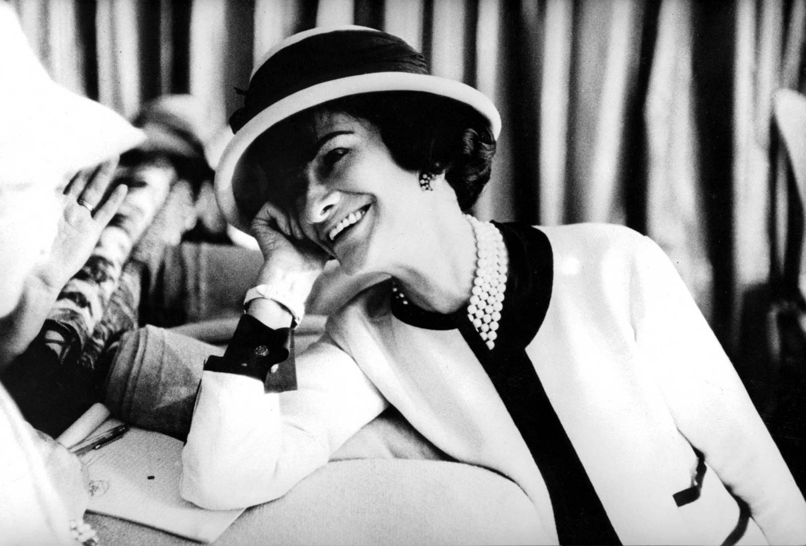 Coco Chanel, lata 50. (Fot. Getty Images)