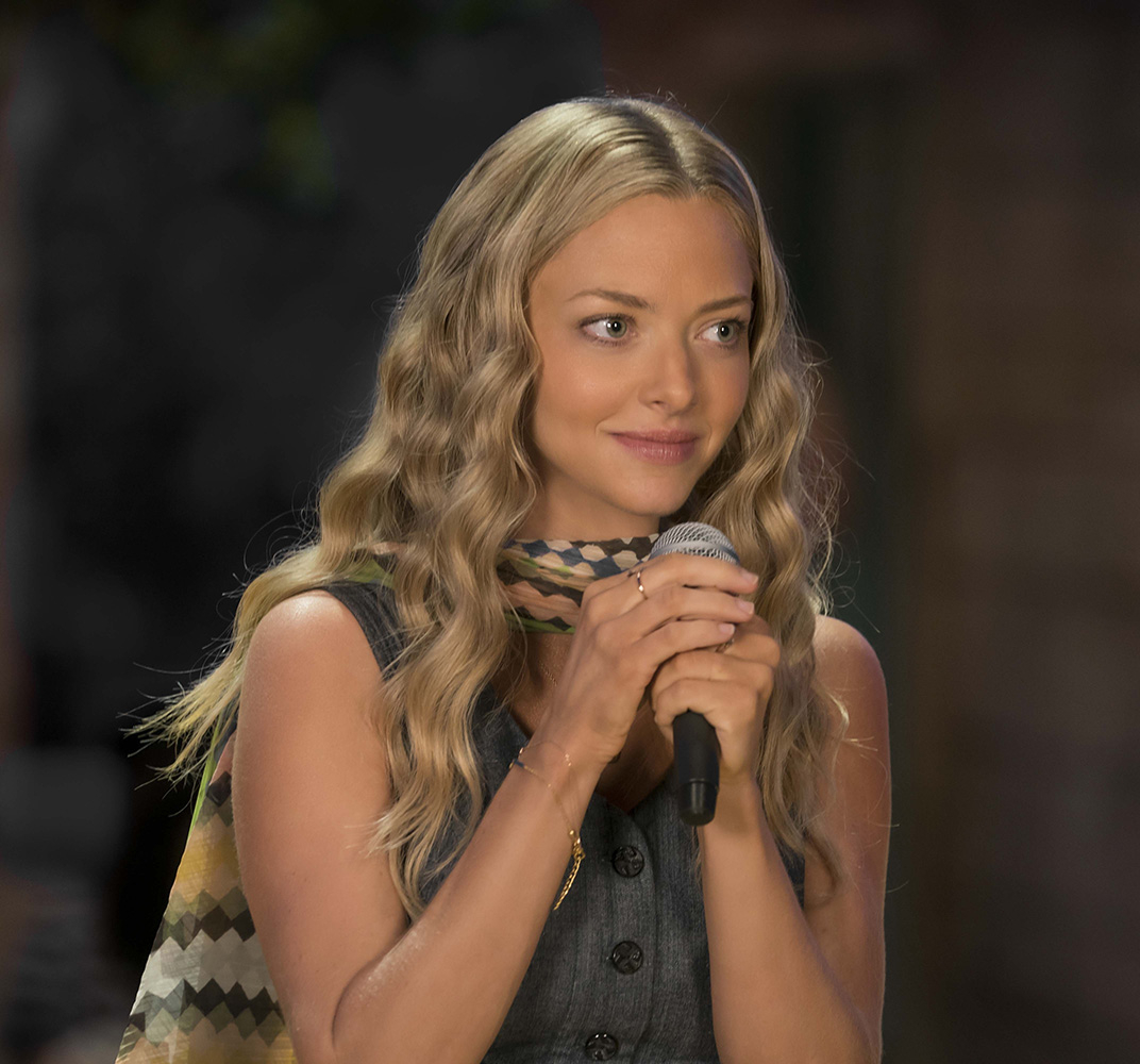 "Amanda Seyfried w filmie ""Mamma Mia!: Here We Go Again"" (Fot. FaceToFace/REPORTER, East News)"