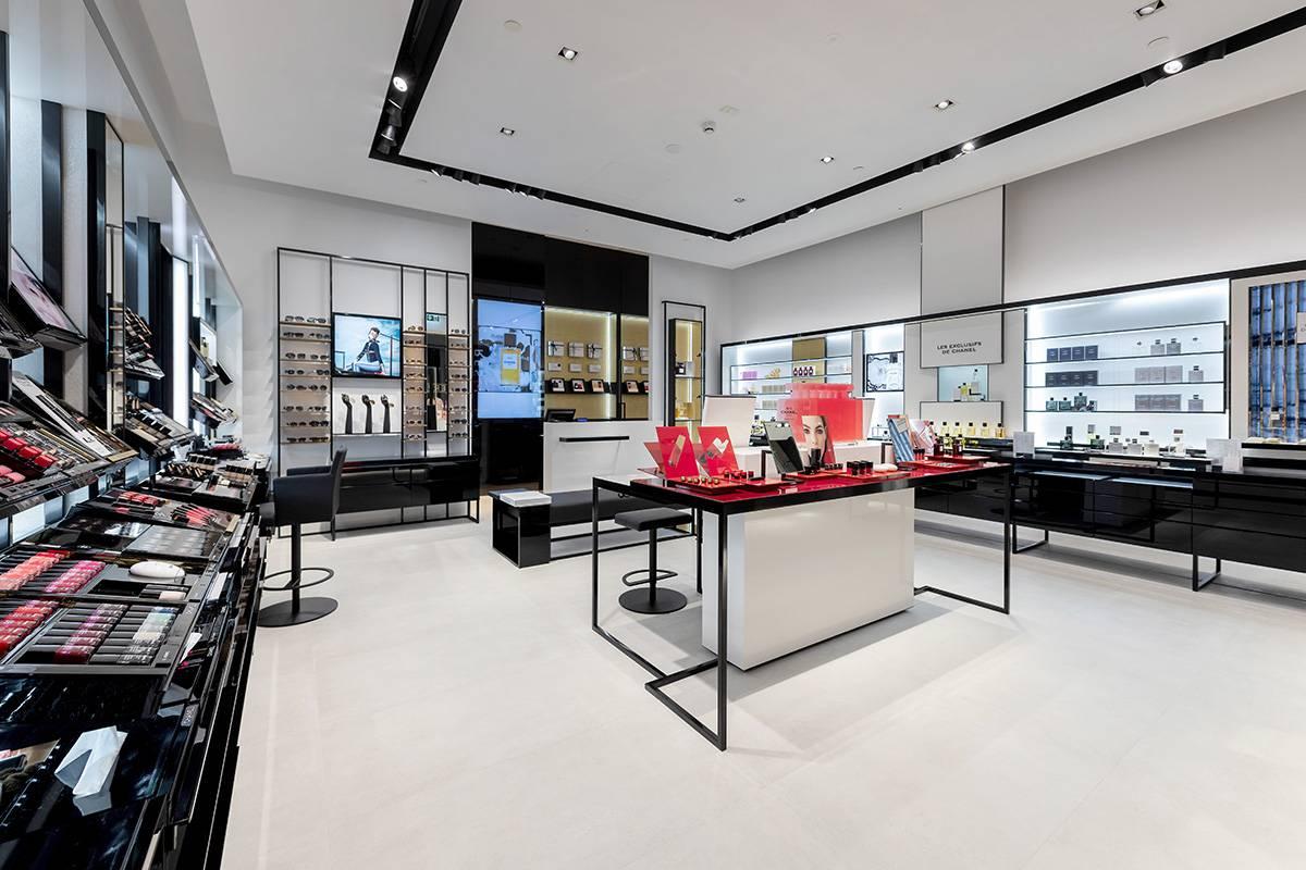97889bdccde4d Chanel Fragrance & Beauty Boutique