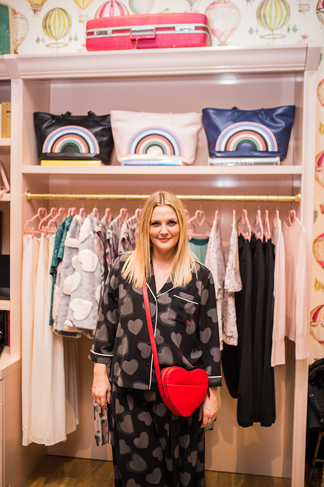 Drew Barrymore w pop-up butiku Dear Drew (Fot. Laurel Creative, materiały prasowe)