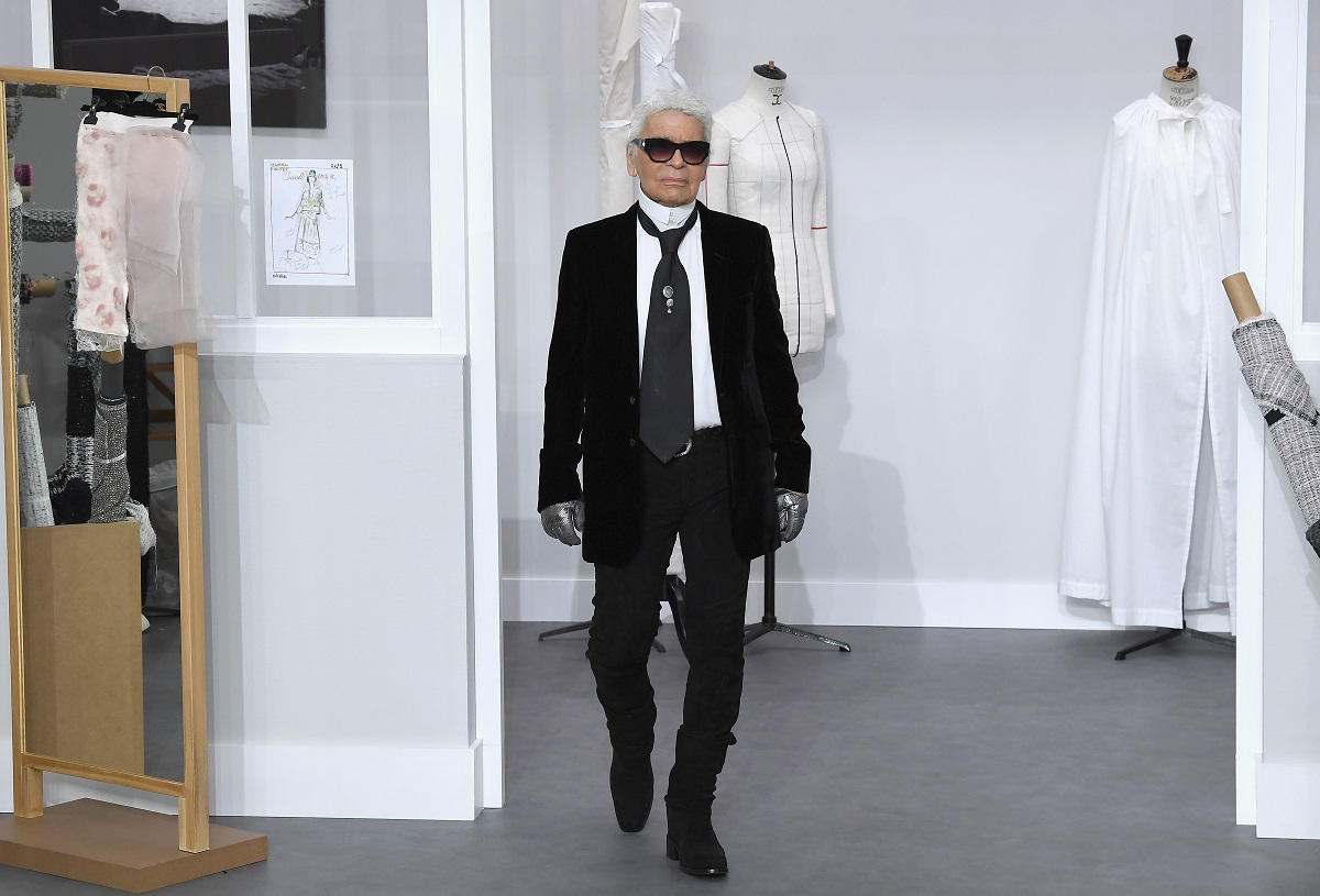 Karl Lagerfeld na pokazie Chanel, lipiec 2016 (Fot. Pascal Le Segretain/Getty Images)