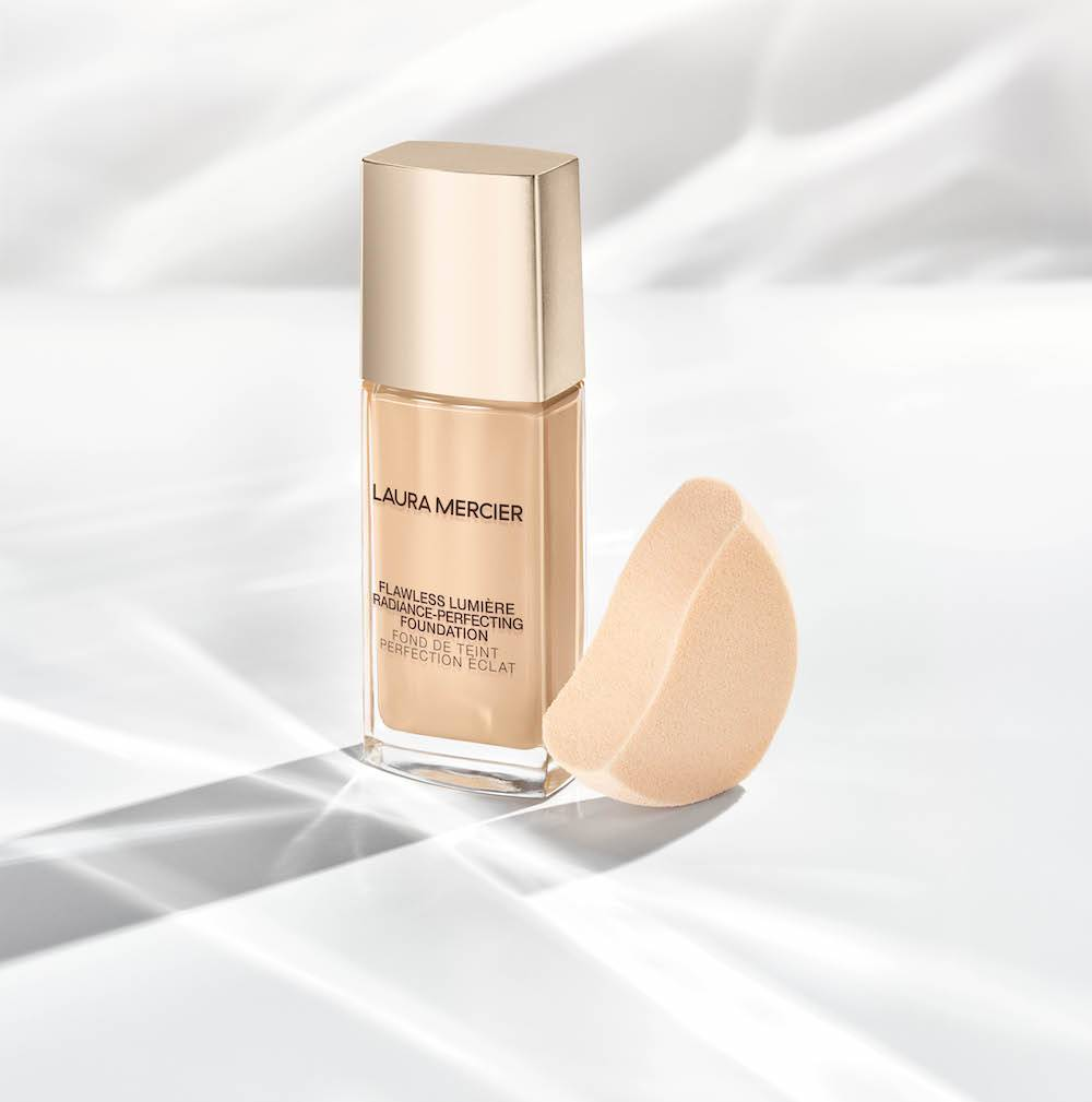 Flawless Lumière Radiance Perfecting Foundation, Laura Mercier