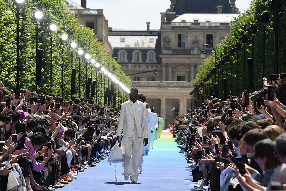 f2c240caf34b9 Pokaz męskiej kolekcji Louis Vuitton wiosna-lato 2019 (Fot. Pascal Le  Segretain,