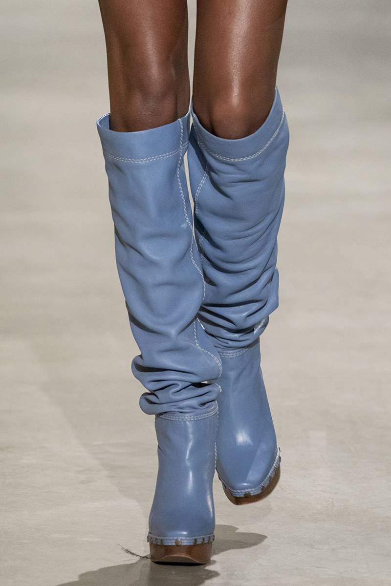 Buty Jacquemus  (Fot. ImaxTree)