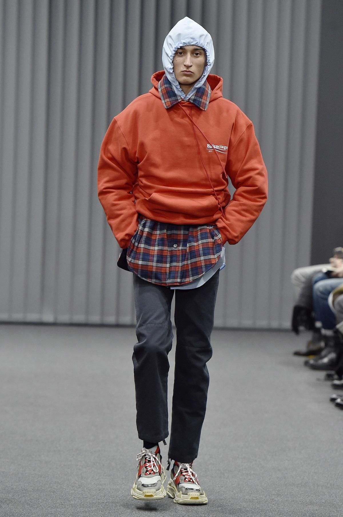 e2a0a05565ef4 Klasa i masa. Czym dziś jest luksus w modzie?