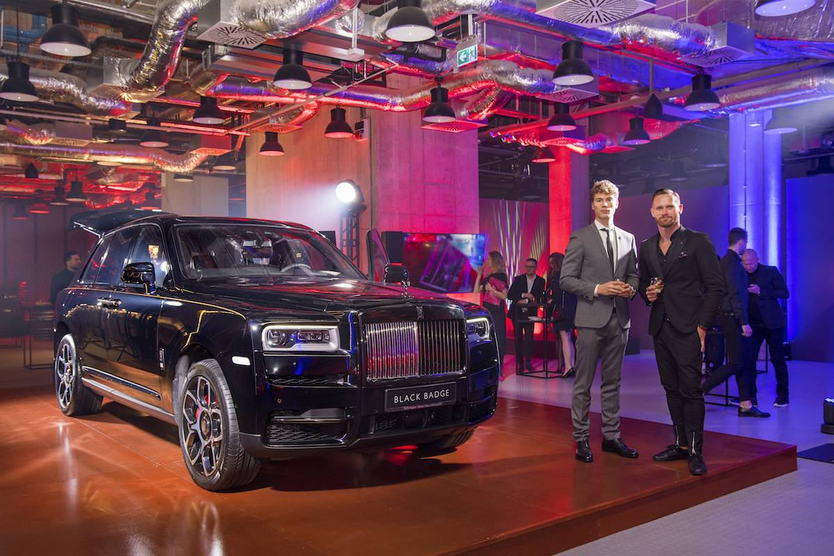 Rok Čebron, Regional Sales Manager – Eastern Europe w Rolls-Royce Motor Cars oraz Paweł Tatur, Head of Marketing w Auto Fus Group na prezentacja linii Black Badge, która odbyła się 18 stycznia w Centrum Praskim Koneser (Fot. materiały prasowe)