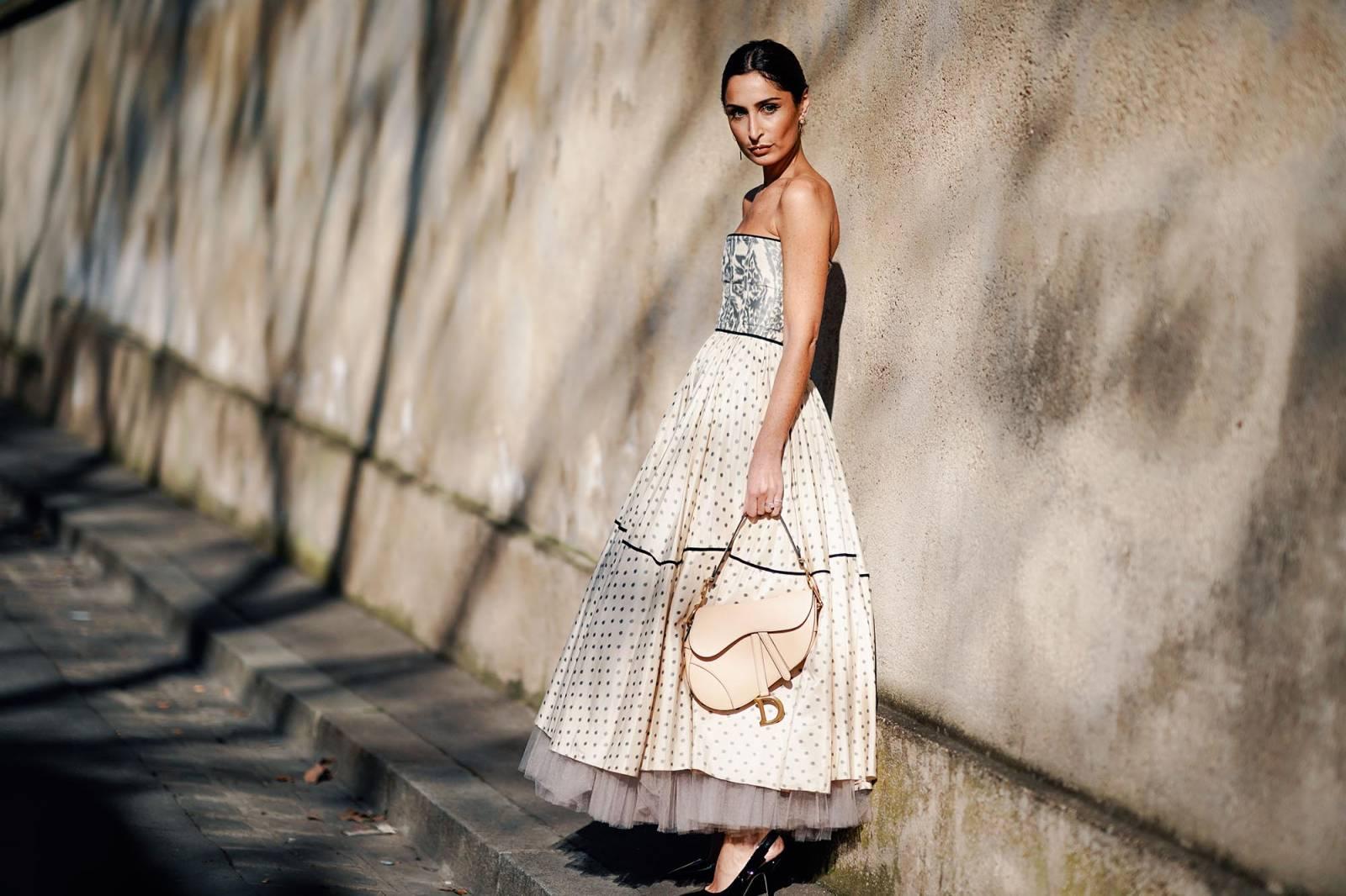 a404907148 Street style podczas tygodnia mody w Paryżu (Fot.